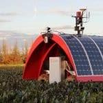 ladybird-solaren-robot-koj-e-spremen-da-obrabotuva-zemjodelsko-zemjishte