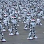 Гинисов рекорд за синхронизиран роботски танц на 1 069 роботи