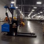 Роботизиран вилушкар ќе ги замени работниците во стовариштата